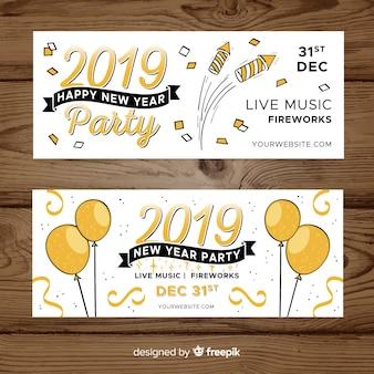 Bannières de fête du nouvel an 2019 dessinés à la main moderne