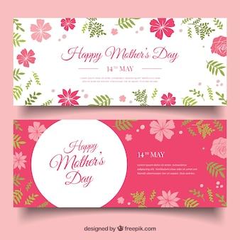 Les bannières de fête des mères avec des fleurs roses dans le design plat