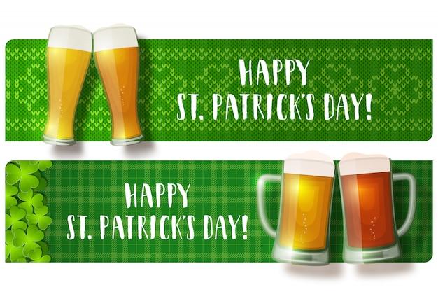 Bannières de lettrage de jour de la saint-patrick avec des verres de bière grillée sur le tricot de shamrock