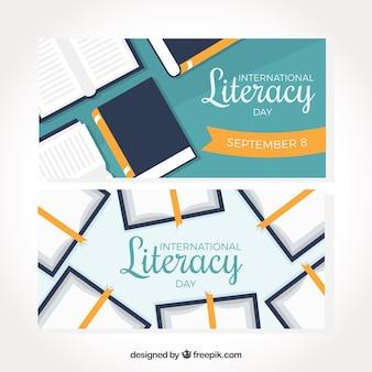 Bannières de livre de la journée d'alphabétisation en conception plate