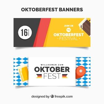 Bannières oktoberfest avec drapeaux