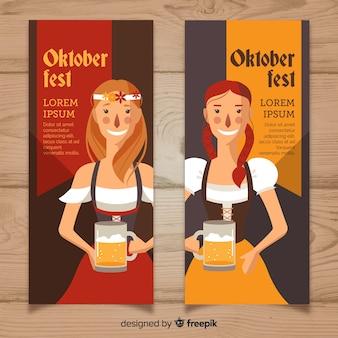 Bannières oktoberfest avec des femmes tenant de la bière