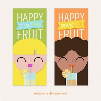 Bannières plates avec des femmes qui boivent des jus de fruits
