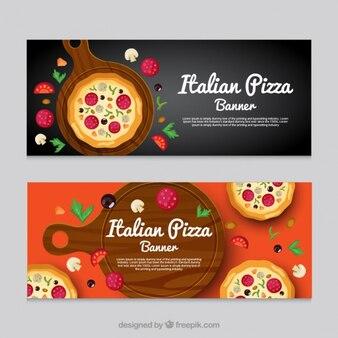 Bannières de restaurant italien avec de délicieuses pizzas