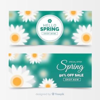 Bannières de vente de printemps floue