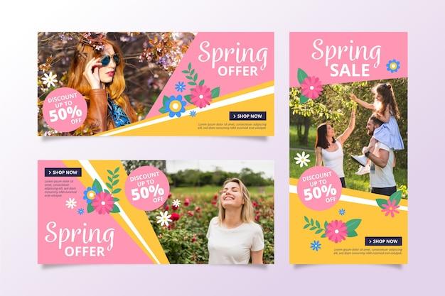 Bannières de vente de printemps avec des gens