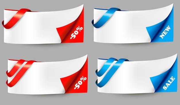 Bannières de vente rouge et bleu avec des rubans