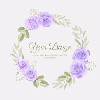 Beau cadre floral avec ornement de fleurs roses dessinés à la main