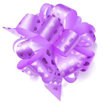 Beau grand arc fait de ruban violet clair avec de petits coeurs brillants avec une ombre sur fond blanc