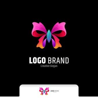 Beau modèle de vecteur de logo dégradé coloré papillon