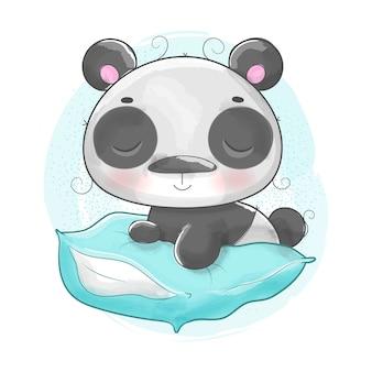 Beau panda sur oreiller