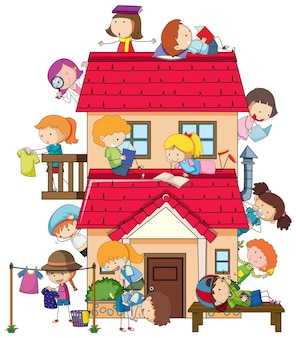 Beaucoup d'enfants font différentes activités autour de la maison