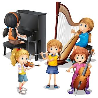 Beaucoup d'enfants jouant de la musique classique