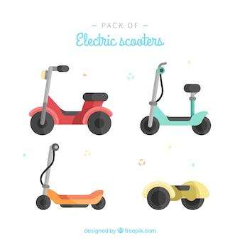 Beaux scooters électriques au design plat