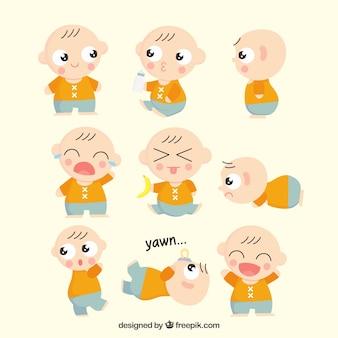 Bébé mignon avec plusieurs expressions