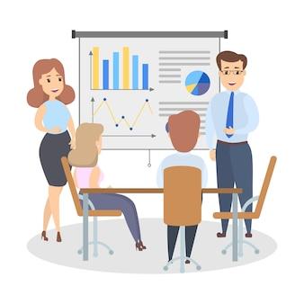 Bel homme d'affaires intelligent debout au tableau blanc faisant la présentation et expliquant les graphiques au groupe de personnes. illustration vectorielle plane isolée