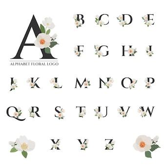 Belle collection d'alphabet floral noir serif
