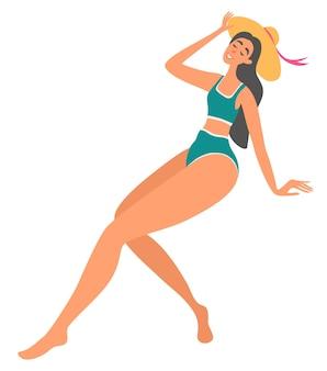 Belle fille heureuse en bikini et chapeau. style. vacances d'été. jeune femme profitant des vacances d'été. concept de l'heure d'été. illustration vectorielle dans un style plat.