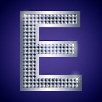 Belle lettre e en argent avec des brillants. police vectorielle, police alphabétique pour logo ou icône eps10