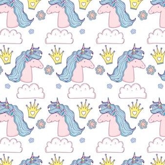 Belle petite licorne dans les nuages