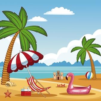 Belle plage d'été avec des éléments
