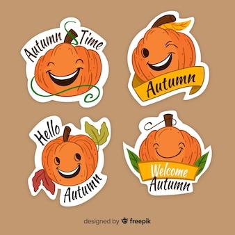 Belle série d'étiquettes d'automne dessinés à la main
