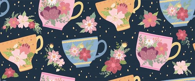 Belle tasse de thé avec motif sans soudure de fleurs et feuilles. tasse de vecteur élégante.