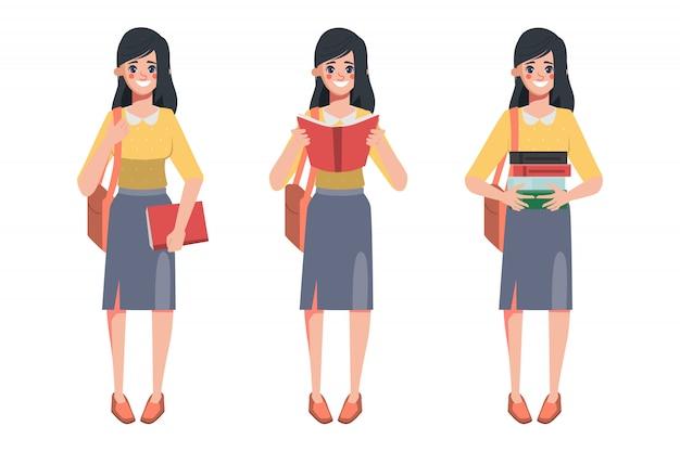 Bibliothécaire femme tenant de nombreux livres à lire.