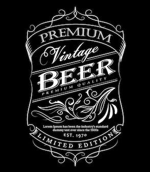 Bière étiquette western typographie tableau noir cadre dessiné à la main