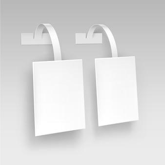 Blank white square papper prix de la publicité en plastique wobbler sur fond
