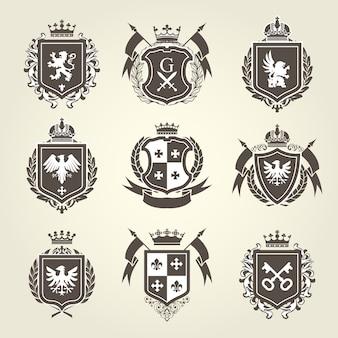 Blasons royaux et armoiries - emblèmes héraldiques de chevalier