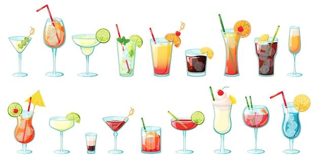 Boissons alcoolisées cocktails tropicaux d'été avec glace agrumes menthe