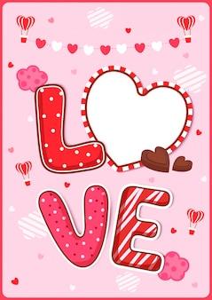 Bonbons love avec cadre coeur décoré en forme de coeur et ballons pour la saint valentin.