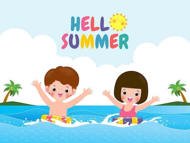Bonjour l'été des enfants mignons en natation et bouée en caoutchouc dans le dessin animé des enfants de la mer