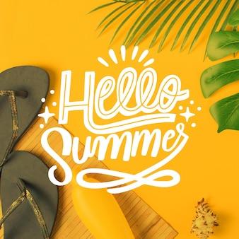 Bonjour Lettrage D'été Avec Des Tongs Vecteur gratuit