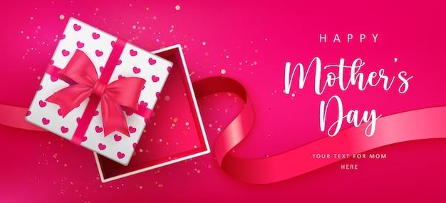 Bonne fête des mères mignon motif coeur d'amour rouge ouvert boîte-cadeau et ruban