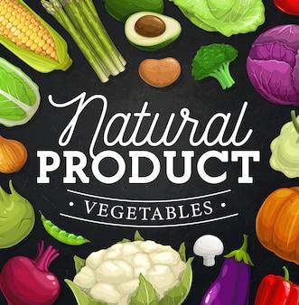 Bordure de cadre de légumes de ferme sur tableau noir.