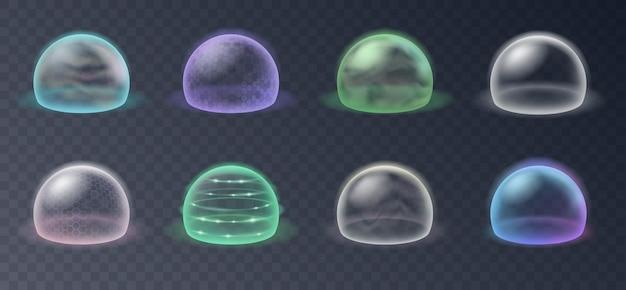 Boucliers à bulles, champs de force de protection. ensemble réaliste de barrière énergétique de sécurité, défense de sécurité dans une sphère transparente isolée sur fond de grille. illustration vectorielle