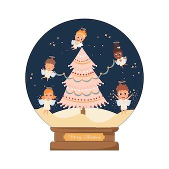 Boule à neige de noël avec des anges mignons décorant le sapin de noël bulle de cristal magique en verre de noël