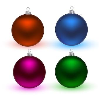 Boules de noël colorées.