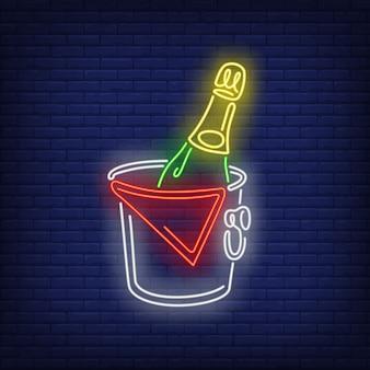 Bouteille champagne, seau, néon