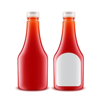 Bouteille de ketchup de tomate rouge en plastique en verre blanc pour la marque avec étiquette blanche isolée
