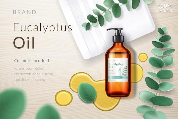 Bouteille en verre réaliste avec liquide d'eucalyptus et branche d'eucalyptus