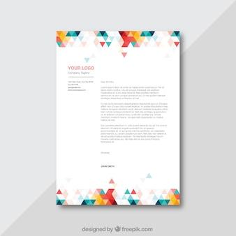 Brochure colorée des entreprises avec des triangles