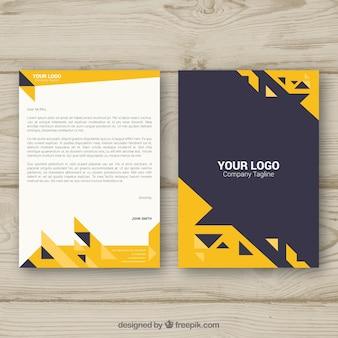 Brochure d'entreprise avec des triangles jaunes