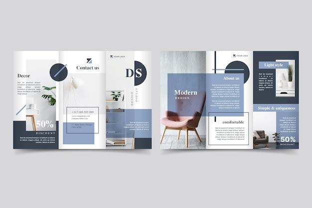 Brochure minimaliste à trois volets avec photo