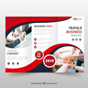Brochure rouge à trois volets ondulés
