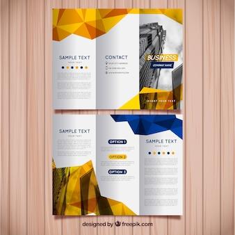 Brochure à trois volets jaune et bleu