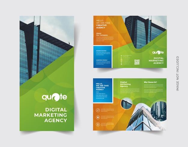 Brochure à trois volets orange et vert