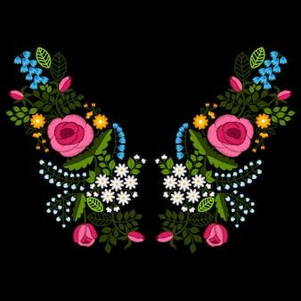 Broderie de ligne de cou avec des fleurs sauvages et des roses, illustration.
